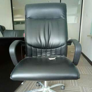 Kursi Kerja Kantor (kursi Direktur)