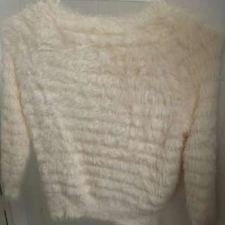 White fluffy top