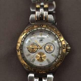 Fossil watch gold design