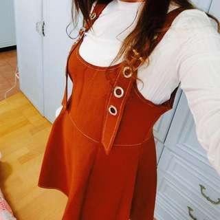 寬帶鉚釘高腰扣扣吊帶裙(附上衣)