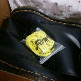 Dr.Martens馬丁高筒靴