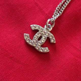 Auth Chanel CC Logo Rhinestone Necklace
