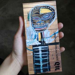 [FREEPOSTAGE] [FREESAMPLE] URBAN DECAY JEAN MICHEL BASQUIAT GOLD GRIOT PALETTE