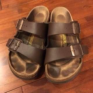 正品 勃肯 birkenstock 咖啡色拖鞋/涼鞋