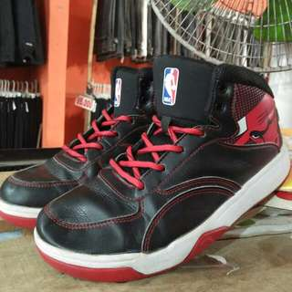 Chicago bulls size 39 fit 41