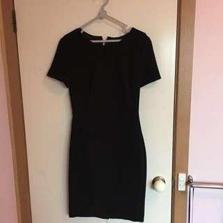 Portmans size 8 work dress black