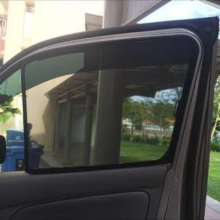 $35-2 Pieces Nissan NV350/NV200/Hi-Ace magnet Sunshade