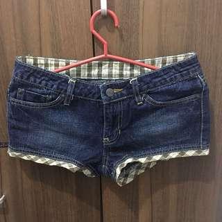 Size 26 Jag shorts