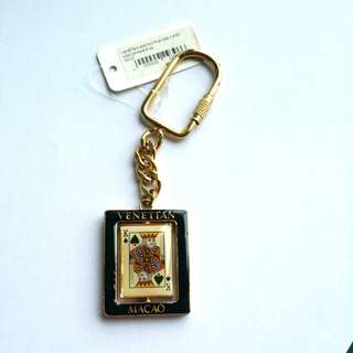 2 pcs of Venetian Macao Playing Card King & Queen Spinner Keychain