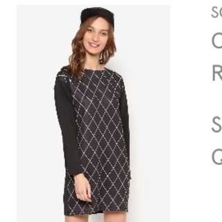 Something Borrowed- Checkered Shift Dress (M) (Free post)