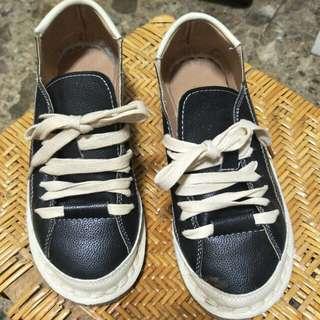 🚚 兩穿休閒鞋