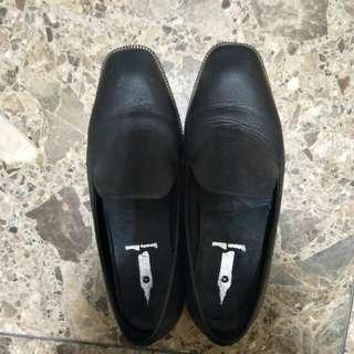 🚚 百搭紳士鞋