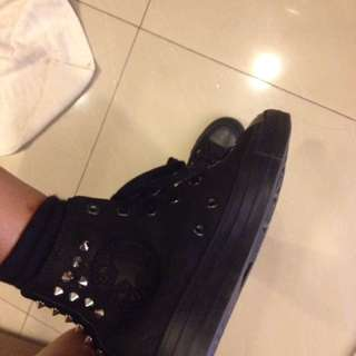 hi cut converse with studs