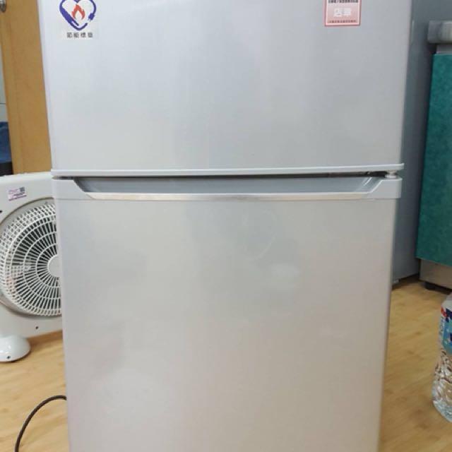 聲寶 100公升冰箱 只買四個月