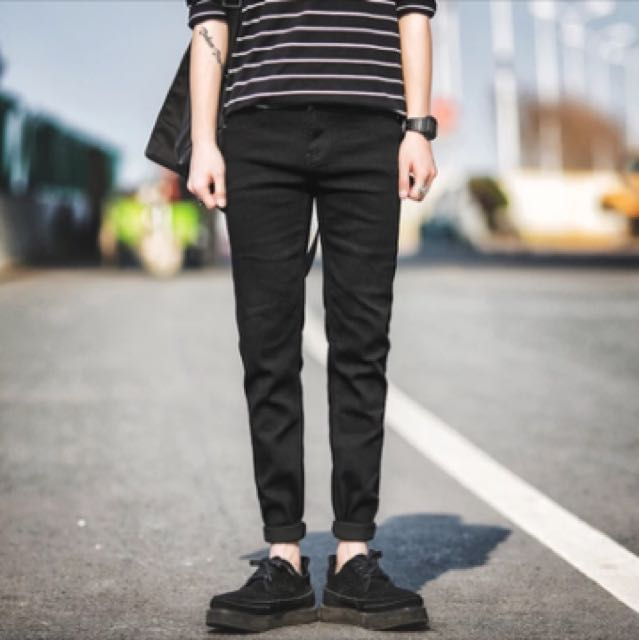 現貨 尺寸:29窄管黑色長褲