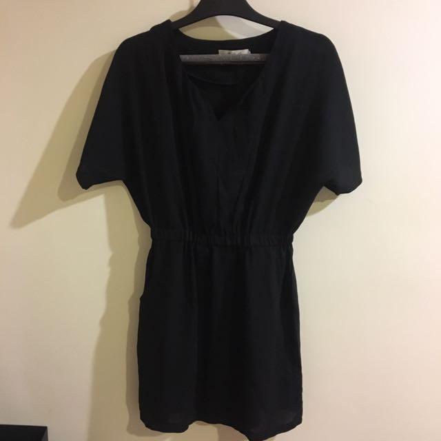 黑色收腰洋裝 連身裙