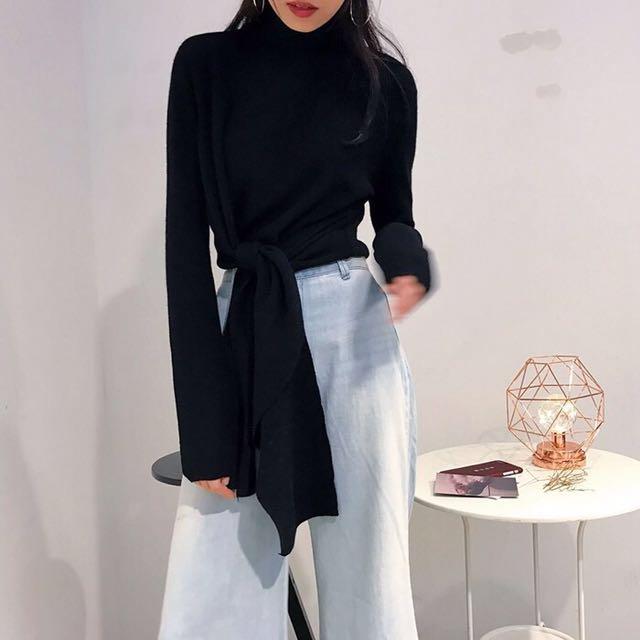 韓 繫帶 半高領 修身 造型  針織 上衣 多種穿法 預購