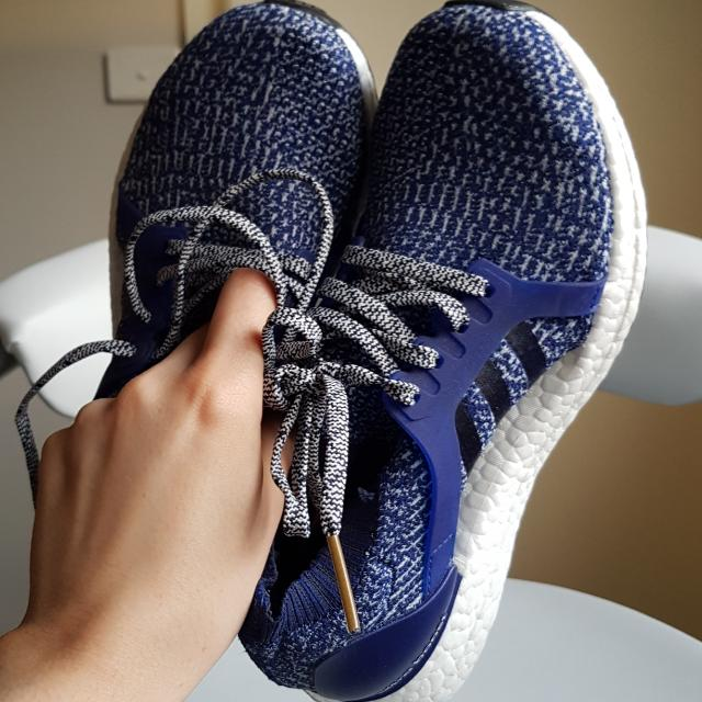 Adidas Ultra Boost Runners - Size 7