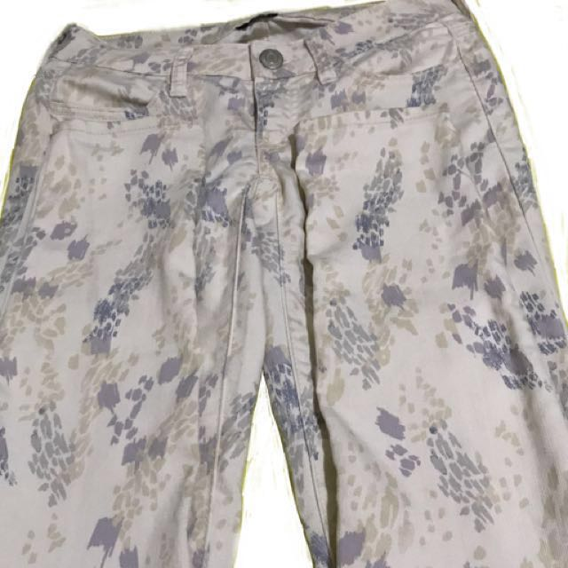 American Eagle Pants With Prints