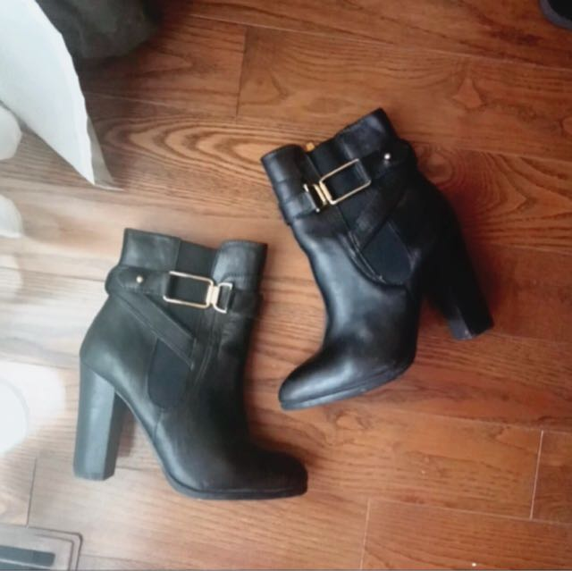 Ankle Boots (Aldo) size 6
