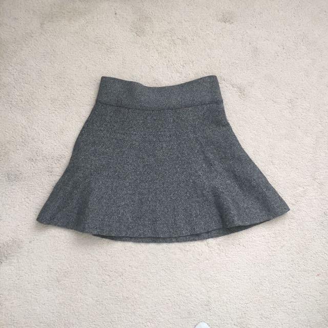 Aritzia Talula Skirt