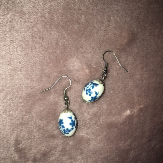 Asian blue and white earrings
