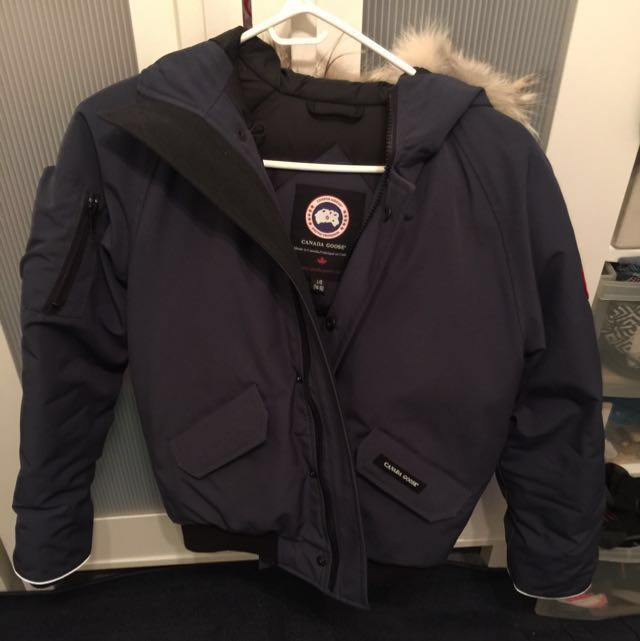 AUTHENTIC CANADA GOOSE WINTER JACKET Price reduced