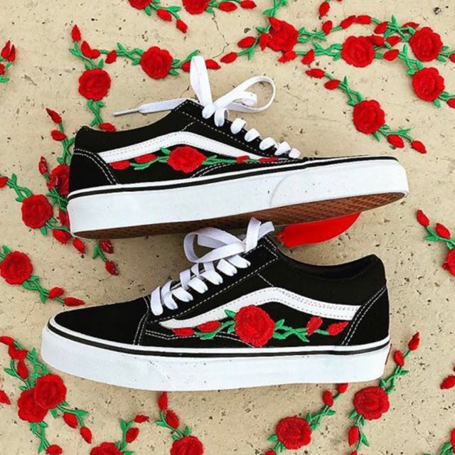 7c9ae7e2ef2a Authentic Vans off The Wall Old Skool Flower Embroidery Embroidered old  Skool Sneakers