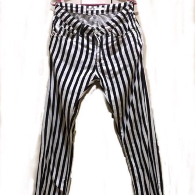 Black & White Stripes Pants