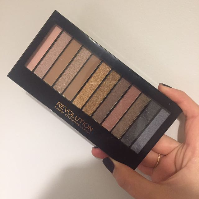 Brand new Makeup Revolution eye shadow