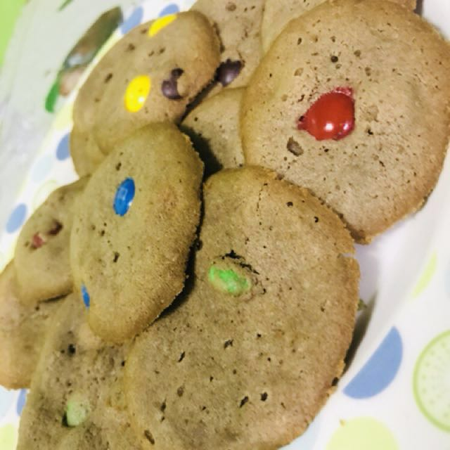 Chewy M&M's cookies