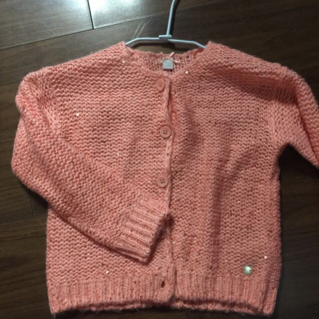 ESPRIT 全新針織粉紅公主 亮片外套。4一5year 購於So Go。 超好看加一件澎裙就可以