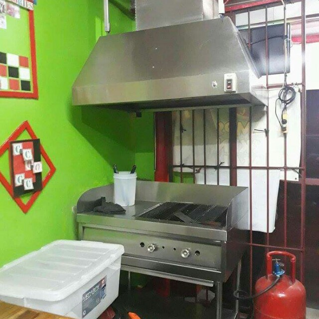 Gas grill with hood stainless