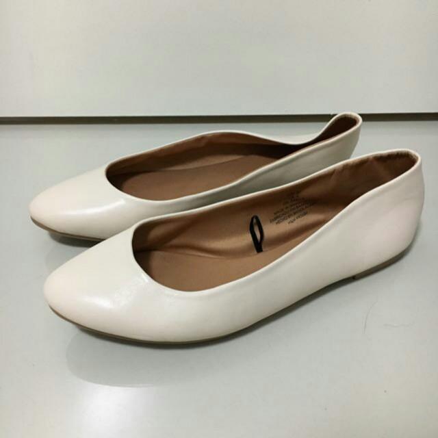 H&M cream ballet flats