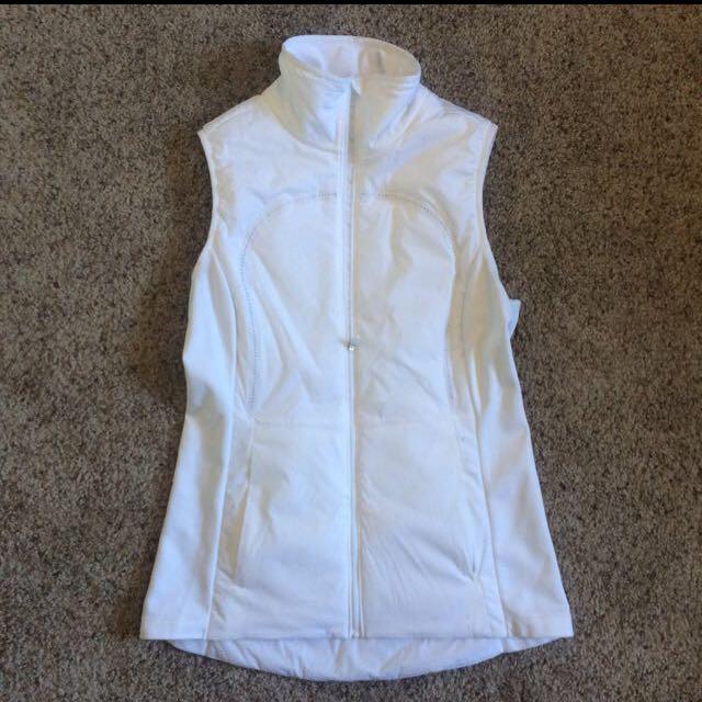 Lululemon White run vest size 8