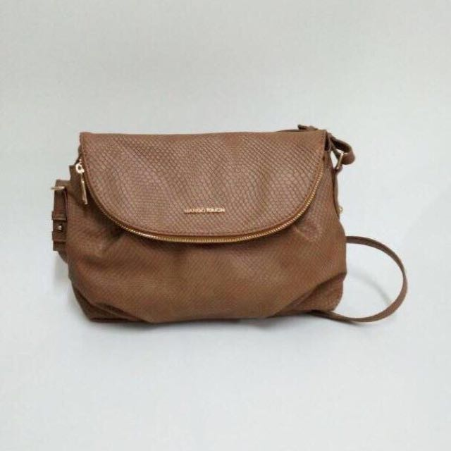 Mango touch sling bag
