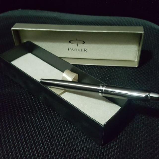 Parker Ball Point Pen (BNIB)