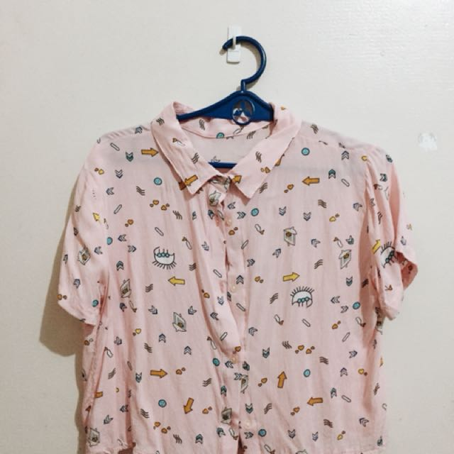 Pink printed cropped polo