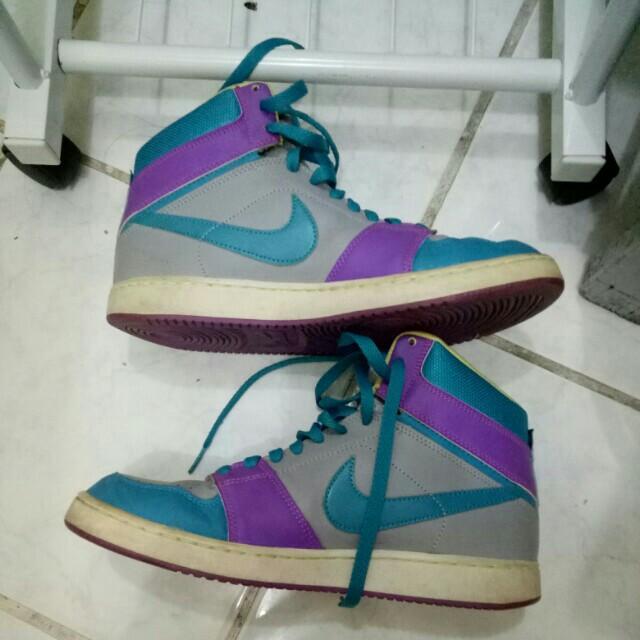 Preloved Auth Nike SB