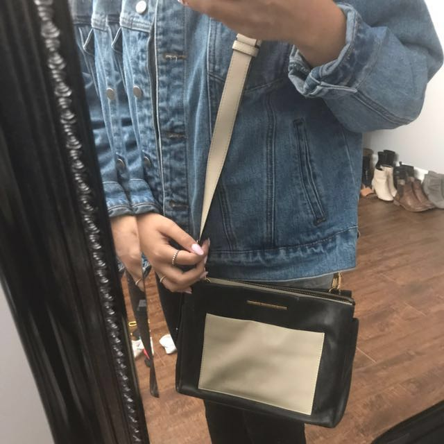 PRICE DROP - Marc by Marc Jacobs side purse