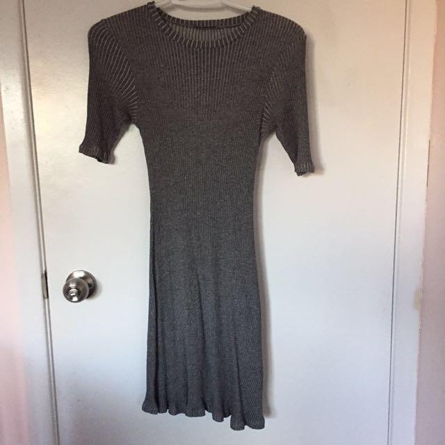 REDUCED* Zara rib detailed grey dress