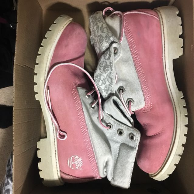 Roll down pink timberlands 7.5
