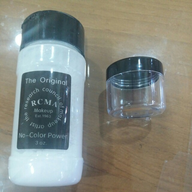 SAMPLE SIZE 20G RCMA No Color Powder, Health & Beauty, Makeup on Carousell