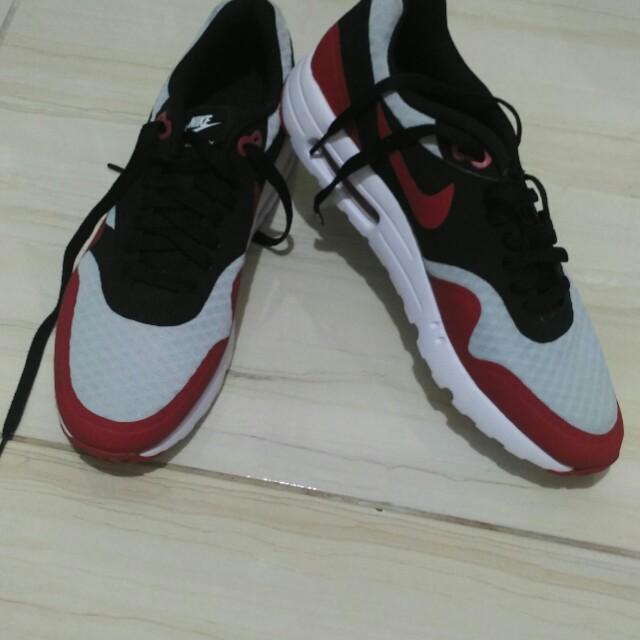 Sepatu Air Max NIKE