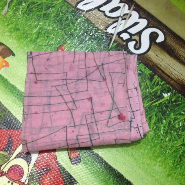 Square Motif Pink