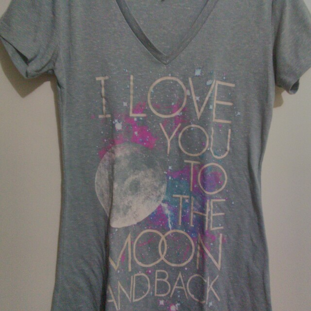 Statement Shirt (I love you to the moon and back)