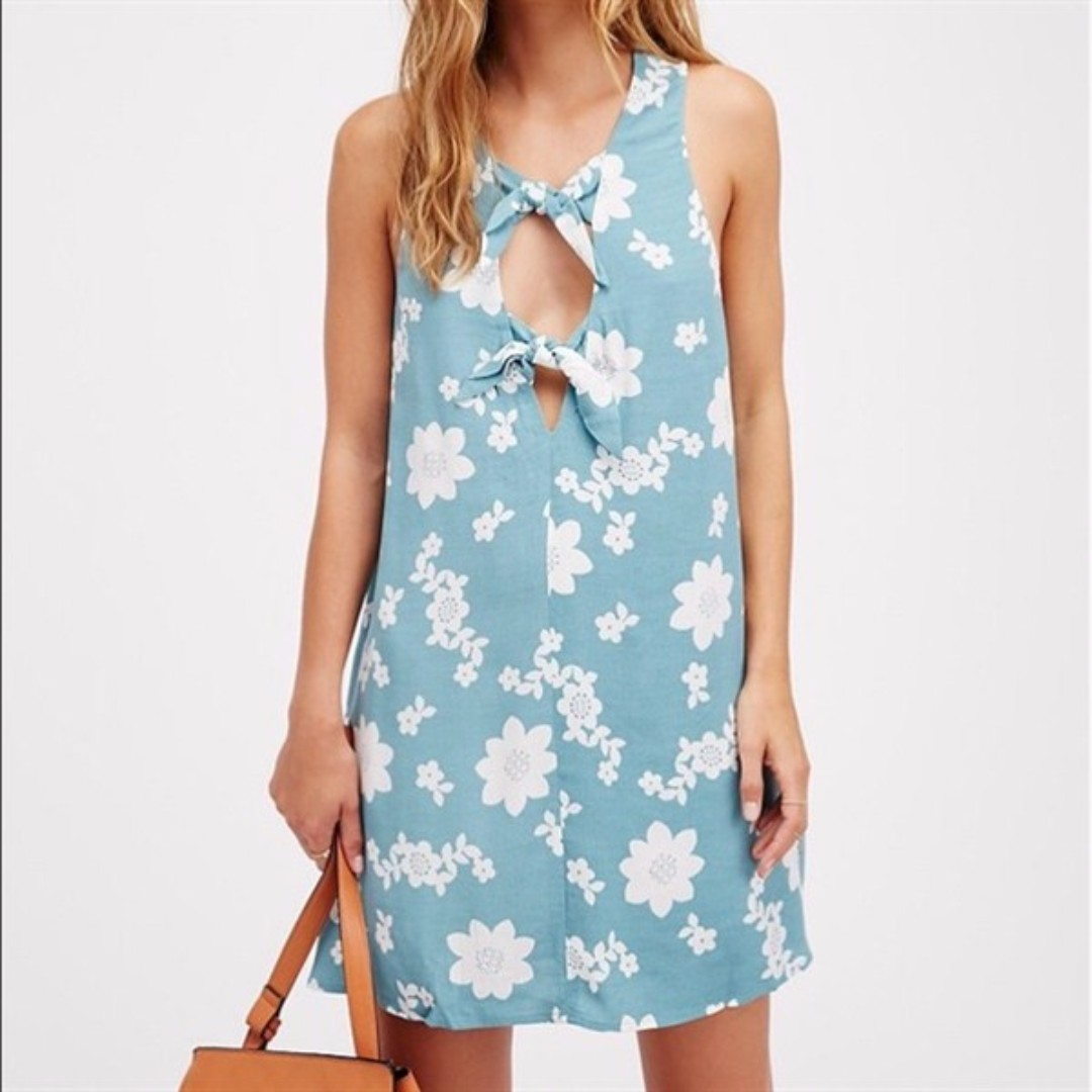 WST 17691 Blue Flower Front Knot Dress