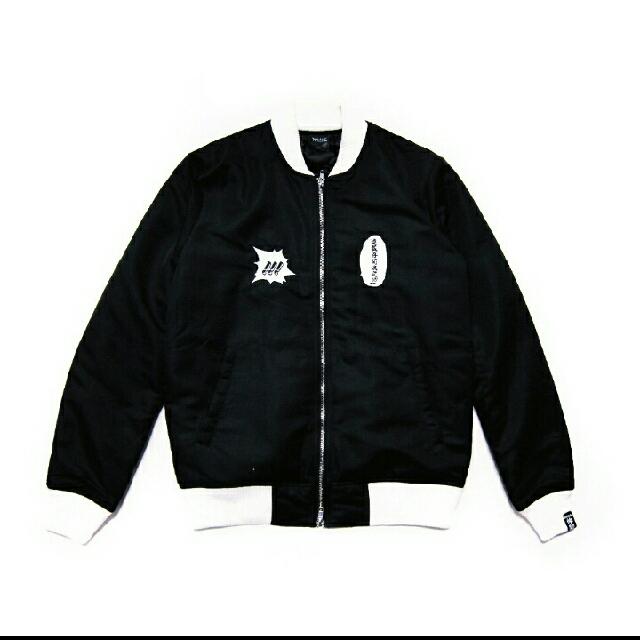 【徵收】XRAGE 仲間刺繡飛行外套