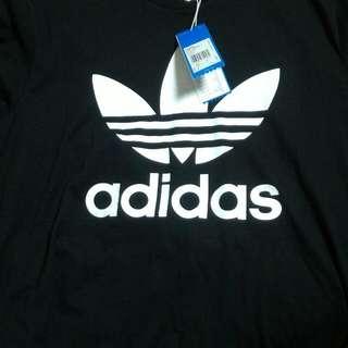 Adidas 大logo 短t