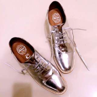 Jeffrey Campbell 騷吱吱銀色牛津鞋 35/36可穿